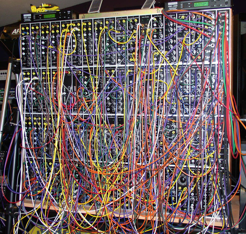 Modular Synthesizer (C) SEQUENCER / SYNTH DBase